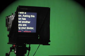 Teleprompter and operator